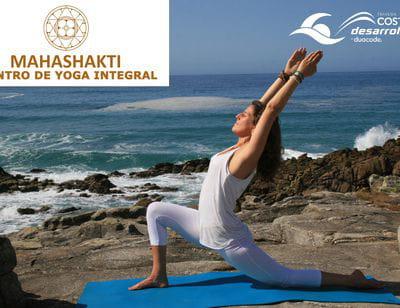Centro de Yoga Mahashakti y Travesía Costa